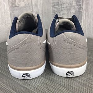 Nike Shoes - NIKE WMNS SB CHECK sneakers grey/tan/white